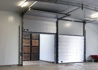 Подъемно-секционные ворота Crawford