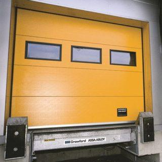 Подъемно-секционные ворота Crawford для перегрузочных постов
