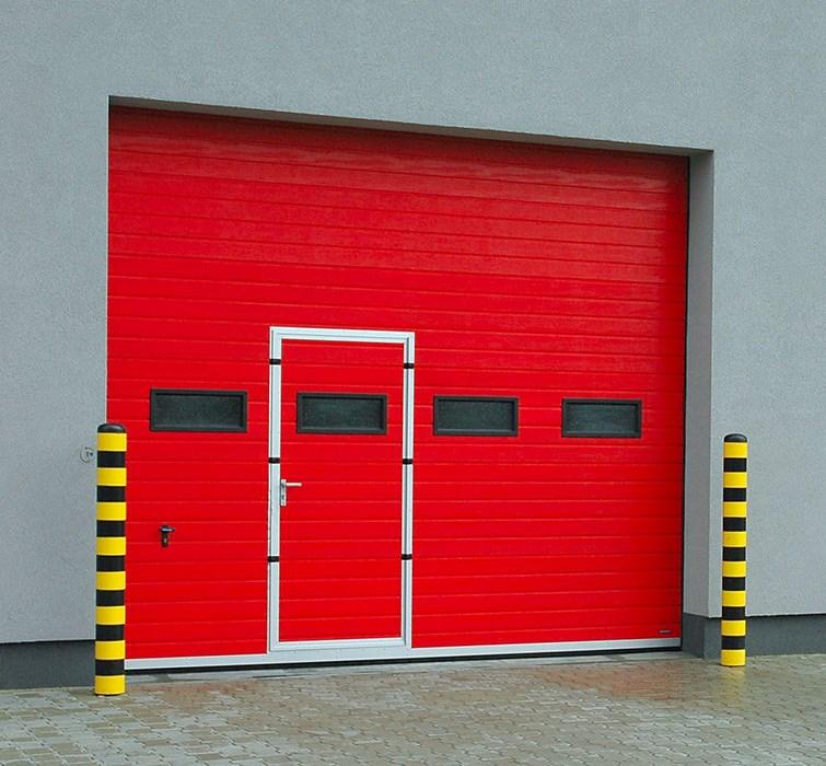 Промышленные секционные ворота Alutech